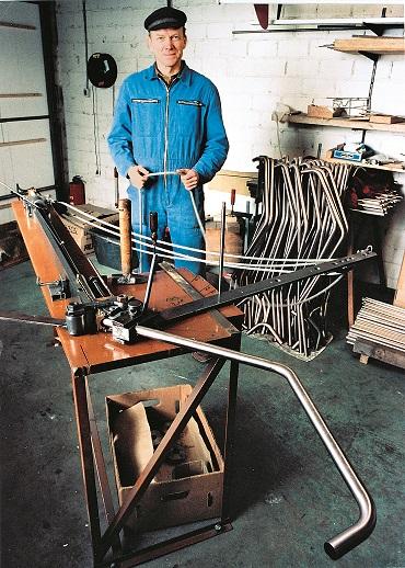 1992 – Produktion des ersten Golfwagens in der Garage